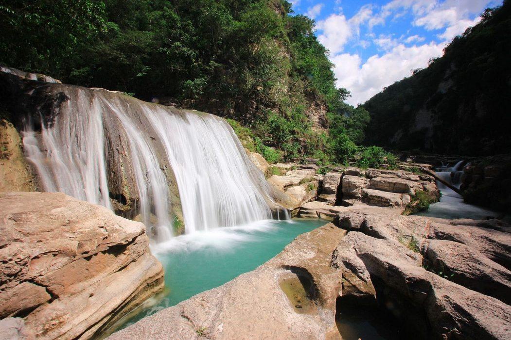Tanggedu waterfall sumba