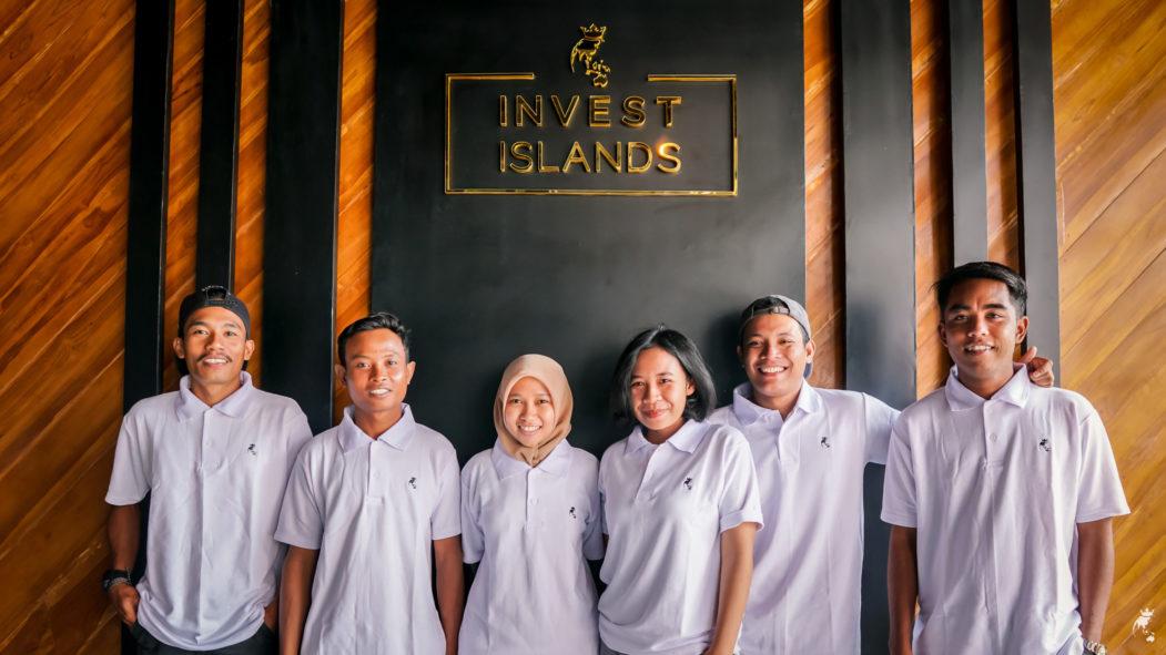 Invest Islands Foundation team